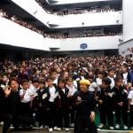 ペルーの日系学校で、日本人アーティストによるパフォーマンスアート公演