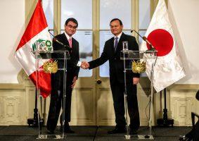 河野太郎外務大臣ペルー訪問。外相会談でTPP早期発効に向けて連携強化